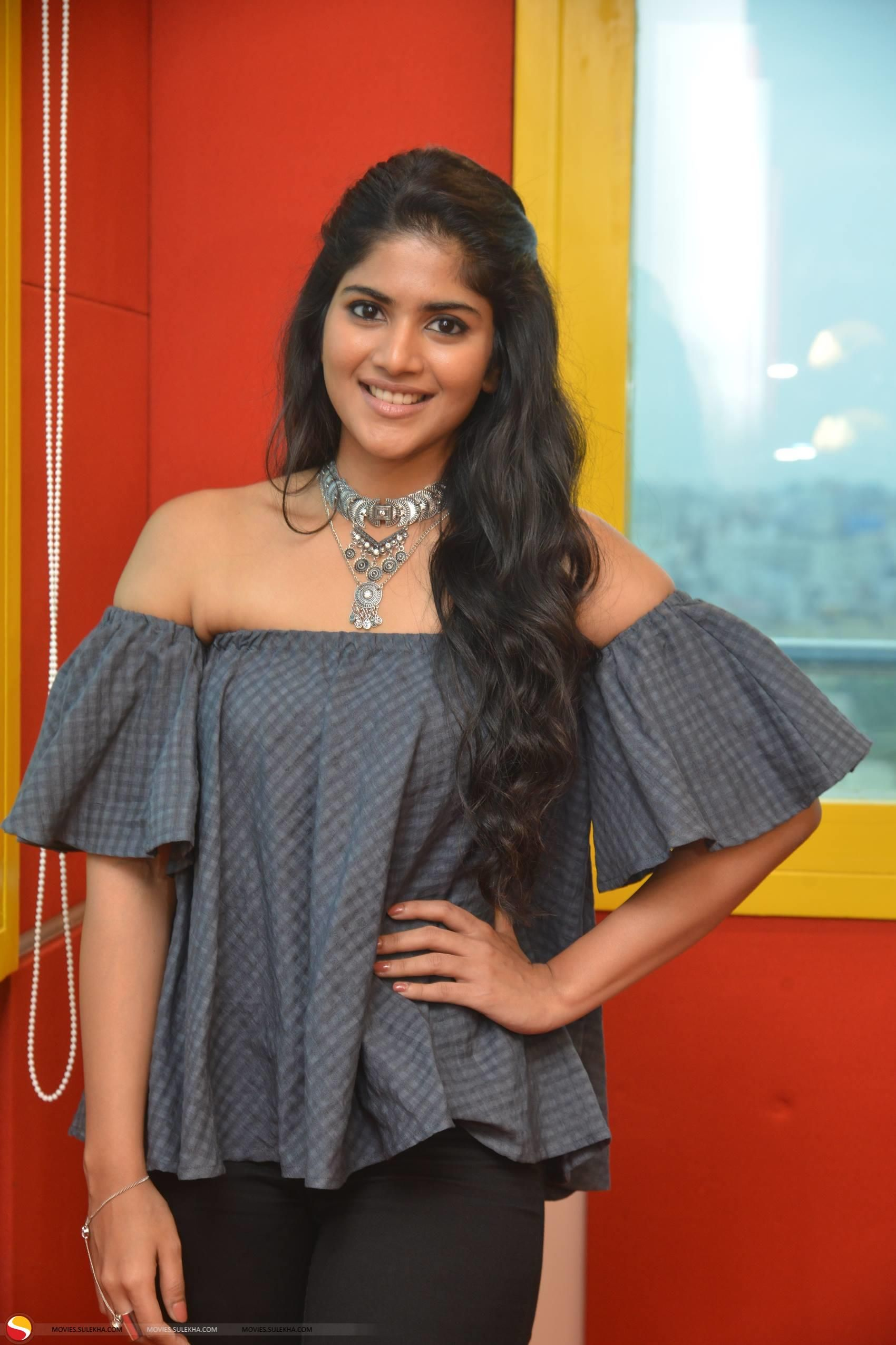 Sridevi Nude Boobs Minimalist megha-akash-snapped-at-radio-mirchi-98-3-fm-stills02 (1700