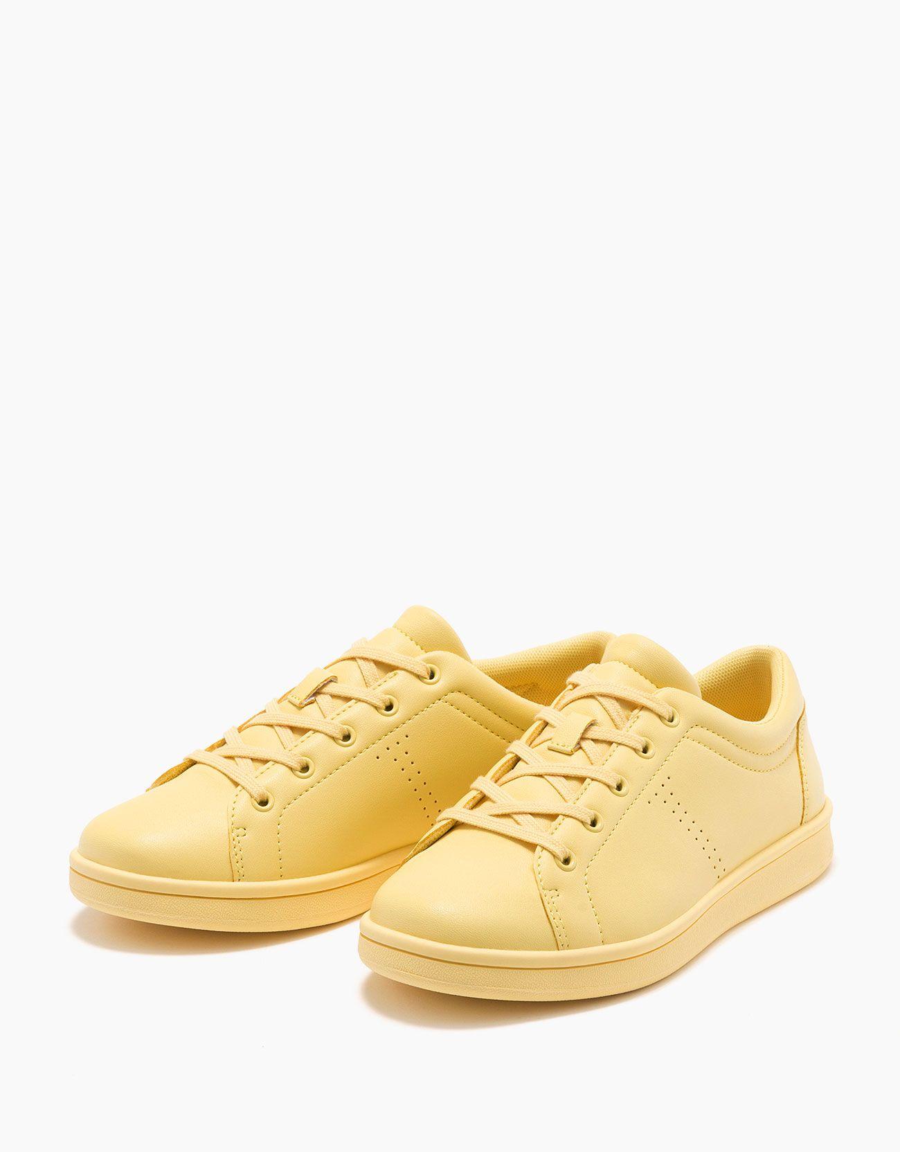 wholesale dealer 9bb23 46ce4 España · Zapatilla acordonada monocolor. Descubre ésta y muchas otras  prendas en Bershka con nuevos productos cada