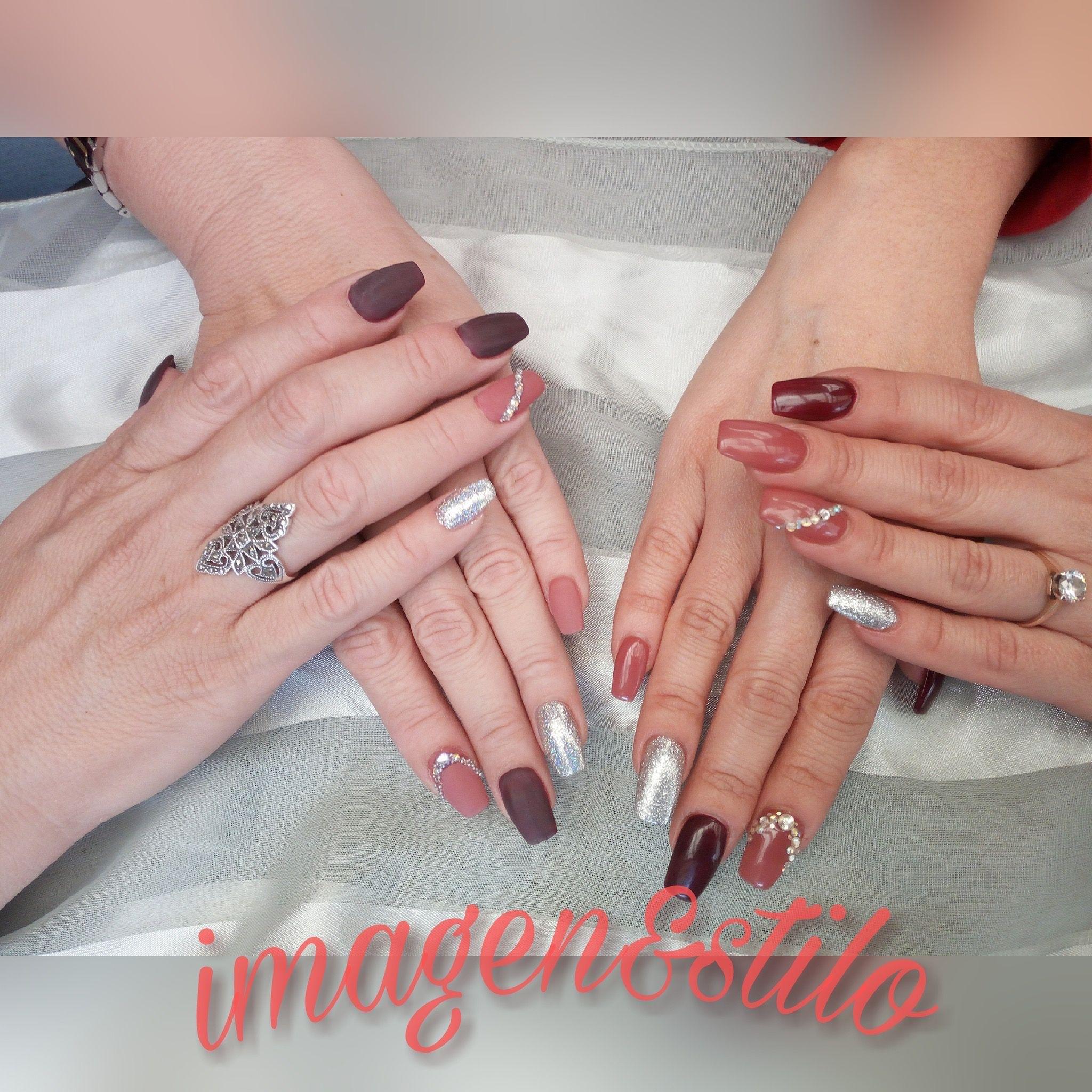 Diseño uñas en tonos mate y brillante. Una creatividad más de ...