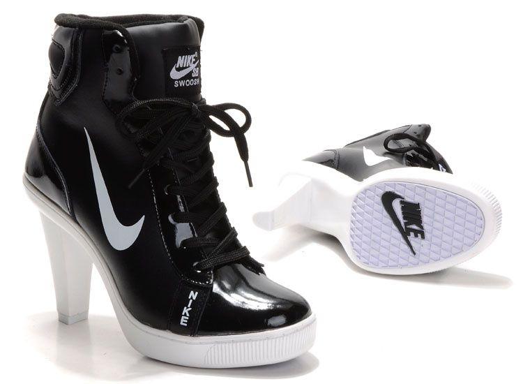 nike roshe flyknit black and white womens heels