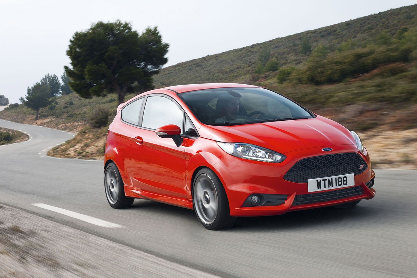Super Suped Up Supermini The 2014 Ford Fiesta St Review Video