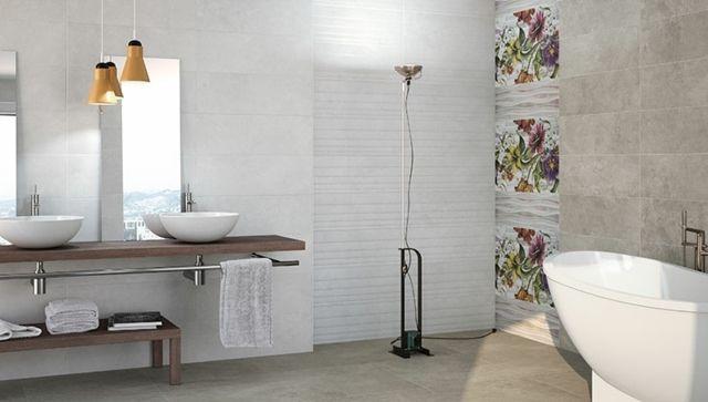 akzentwand badezimmer blumen fliesen steinoptik | bathroom, Badezimmer dekoo