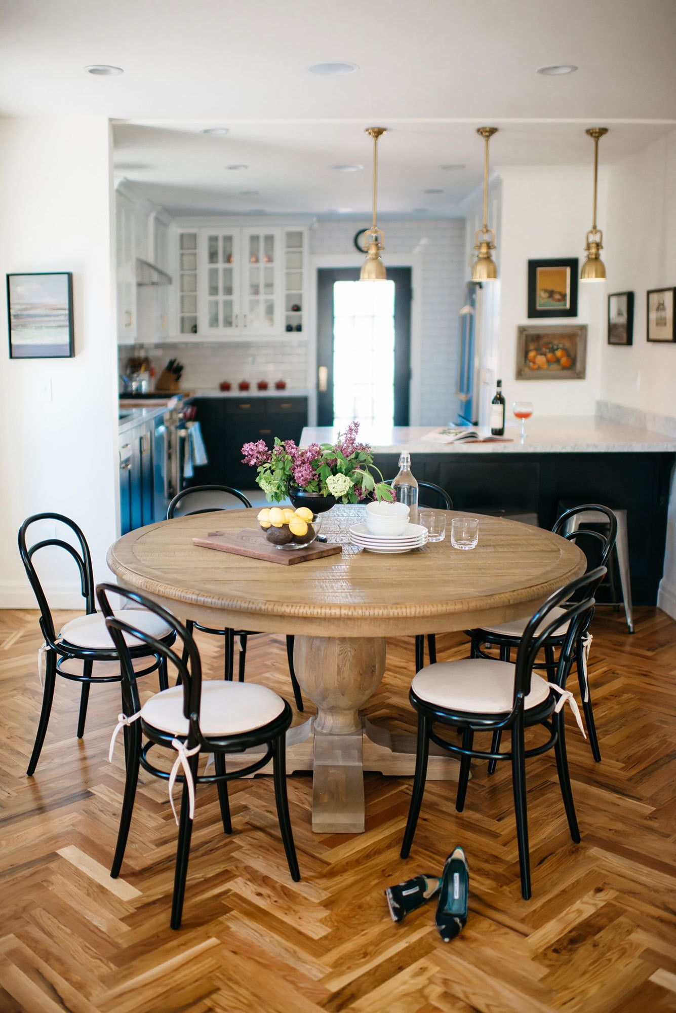 A Renovated English Tudor With A Modern Day Soul Home Dining Room Design Round Dining