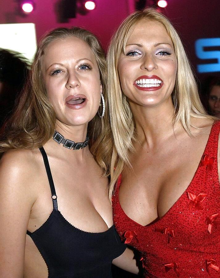 Barbara Schöneberger & Sonya Kraus | celebrity | Pinterest ... Blake Lively Nose