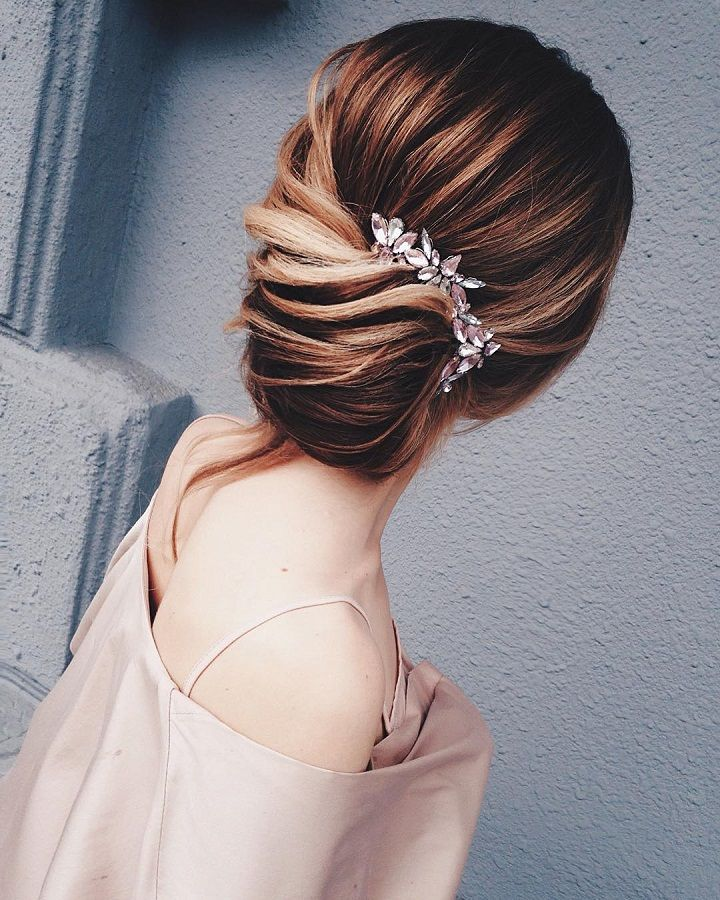 Twisted Updos Wedding hairstyle | fabmood.com #weddinghair #updobraid #updos bridal hair #hairstyles #weddinghairs #weddingupdos