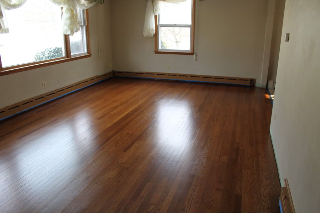 Hardwood floor stain i refinished my oak floor using for Color of hardwood floors