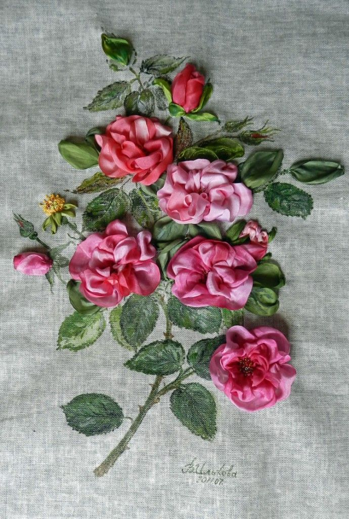 Embroidered by Valentina Ilkova from Nakhodka, Russia