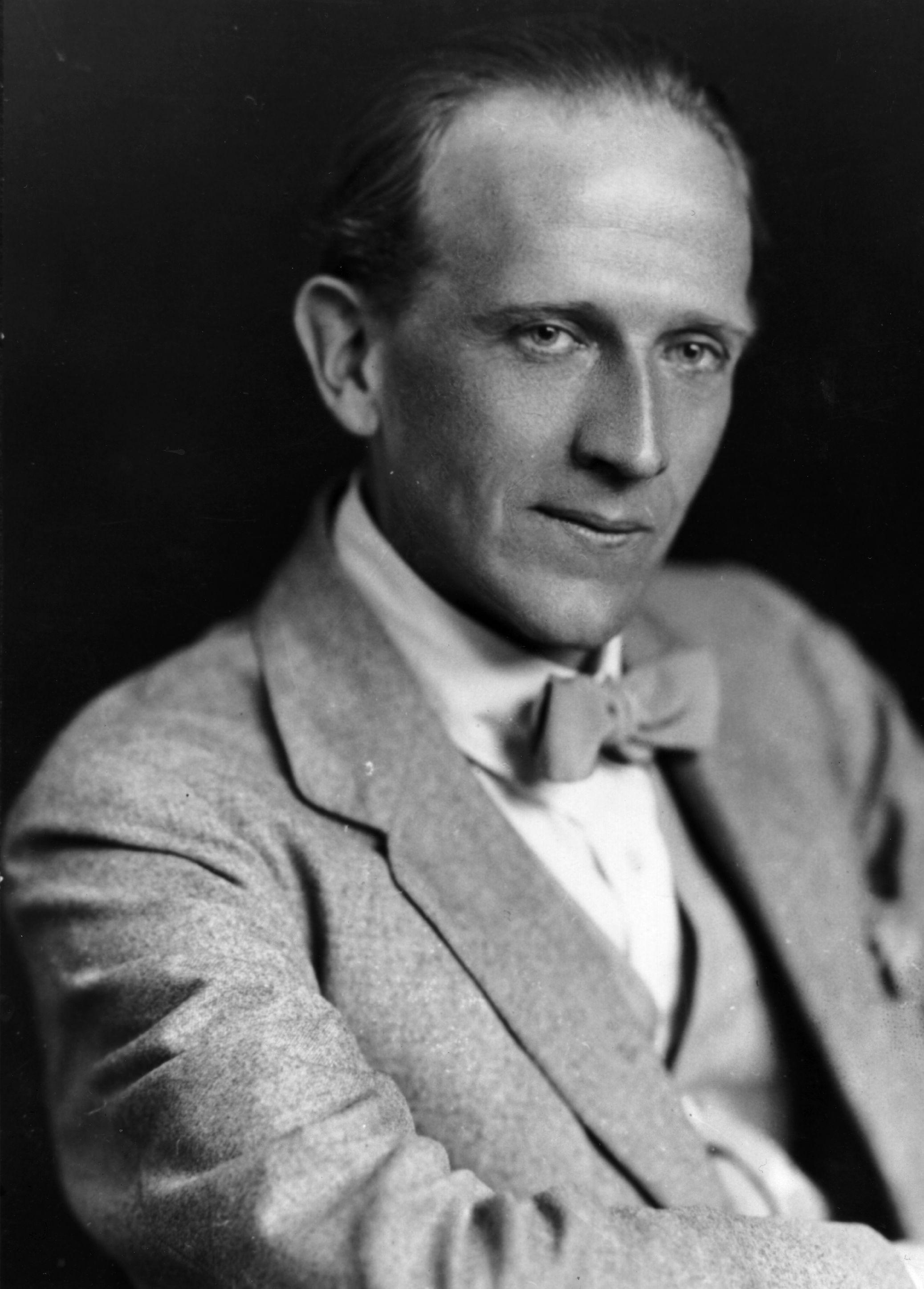 A A Milne Alan Alexander Milne Milne Famous Authors