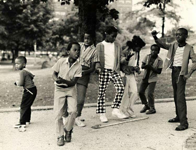 Harlem's cool kids in 1960s | Arthur tress, Black kids, Kids dance