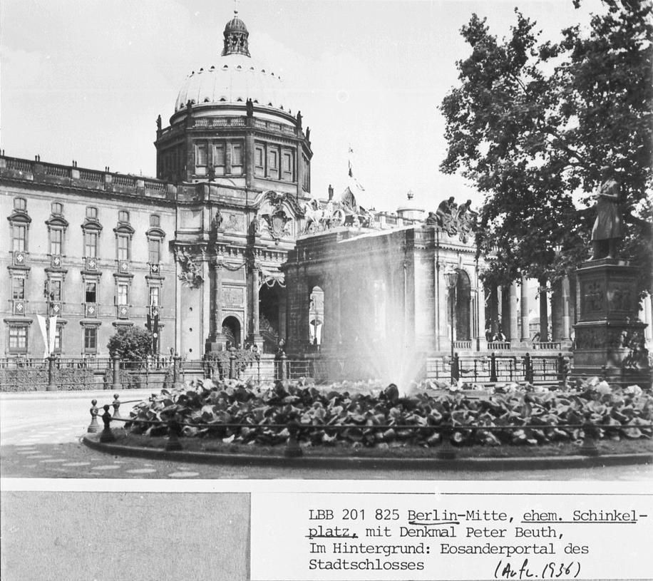 1936 Schinkelplatz Mit Schloss Und Nationaldenkmal
