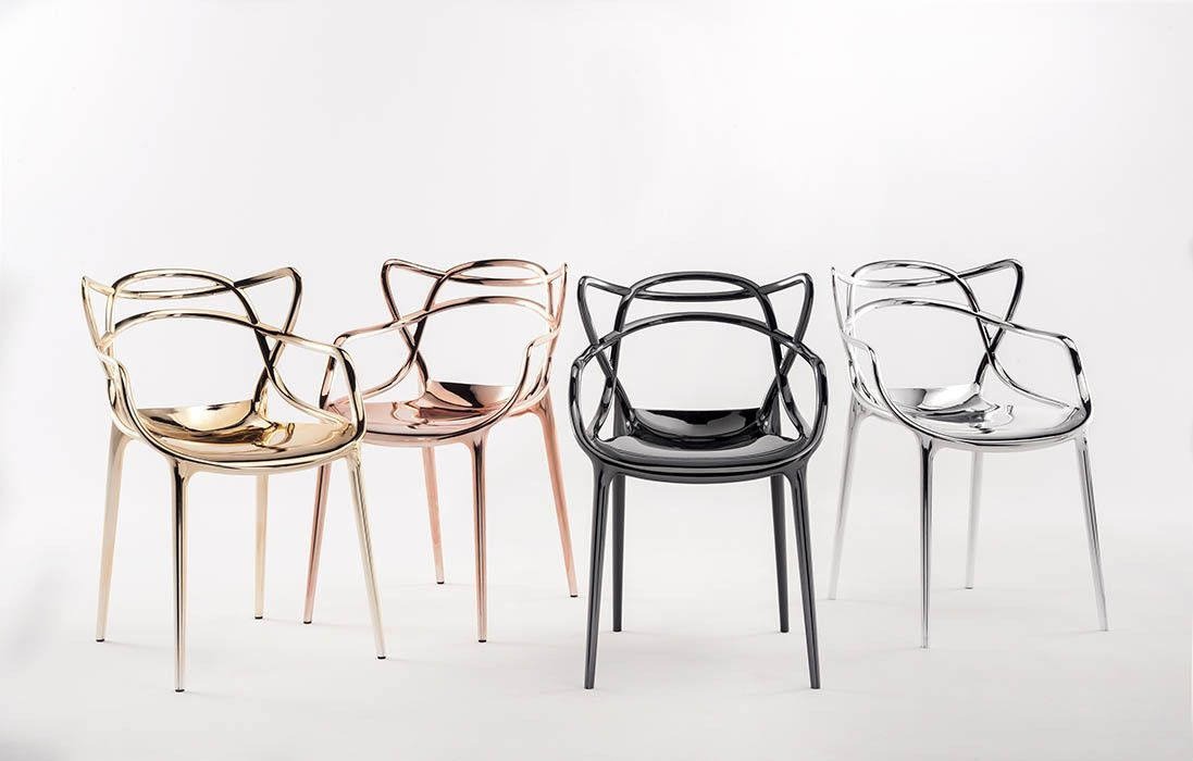 The Masters Chair Is A Powerful Tribute To Three Symbolic Chairs Re Read And Re Interpreted By The Creative Masters Chair Kartell Masters Chair Kartell Chairs