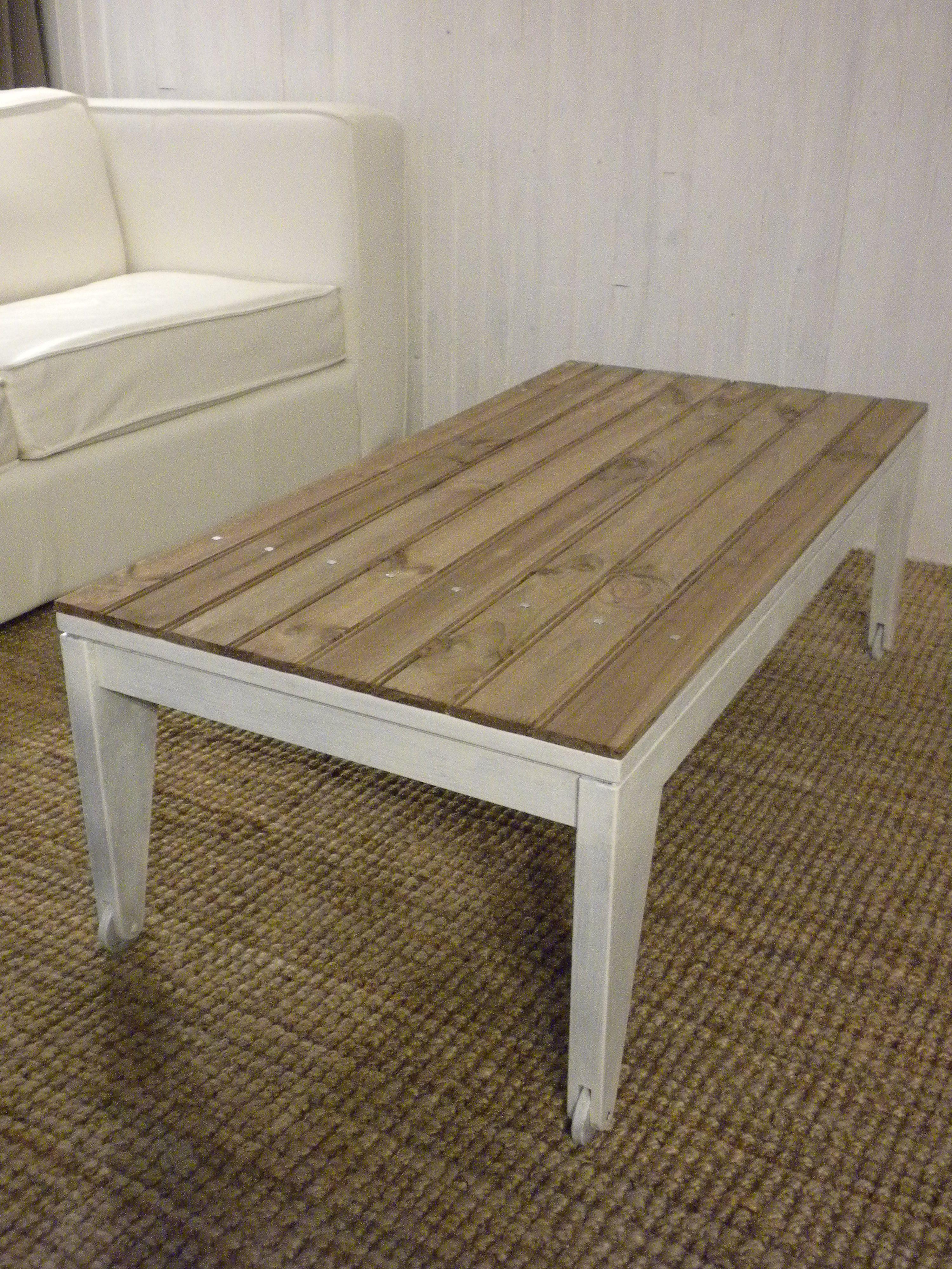 tuto relooking d une table basse decoration diy recup. Black Bedroom Furniture Sets. Home Design Ideas