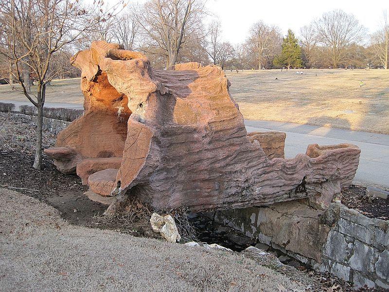 File:Sculptures of Dionicio Rodriguez at Memorial Park Cem Memphis TN 06.jpg