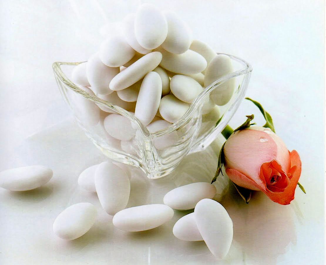 Perfect Italian Almond Wedding Favors Ideas The Wedding Ideas