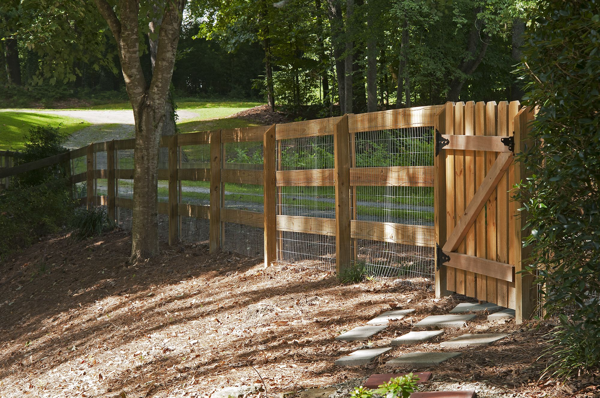 3 Rail Corral Fence With Wire And Picket Gate Designed