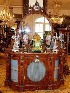 Furniture - Daelmans
