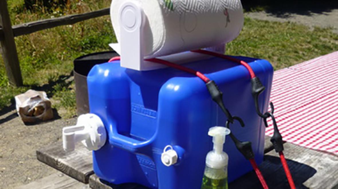Hand-washing station   Hand washing station, Camping hacks