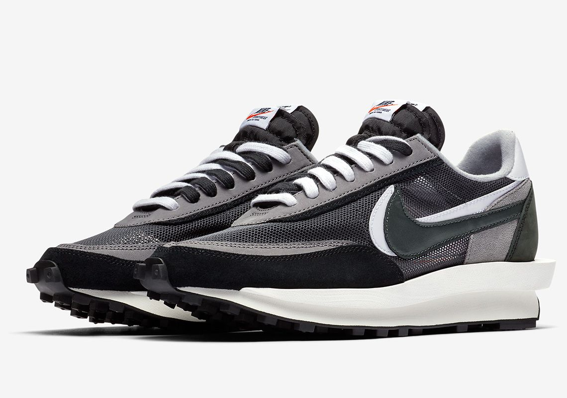 sacai x Nike LDWaffle In Black