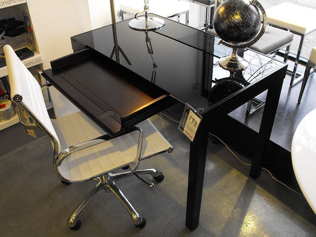 This Compact Computer Desk Boasts A 10mm Tempered Gl Surface That Can Be Removed For Easy