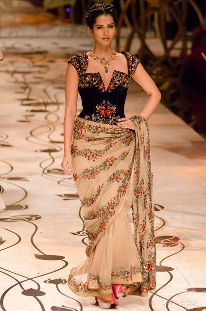 f69068d2ce Latest Trend in Saree | Corset Saree Blouse Design | Saree & Blouse ...