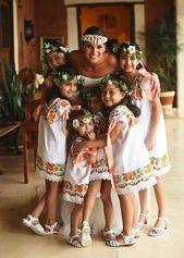 La novia con sus niñas de flores / Planificación de bodas Yucatán, México … Sofía, qué …