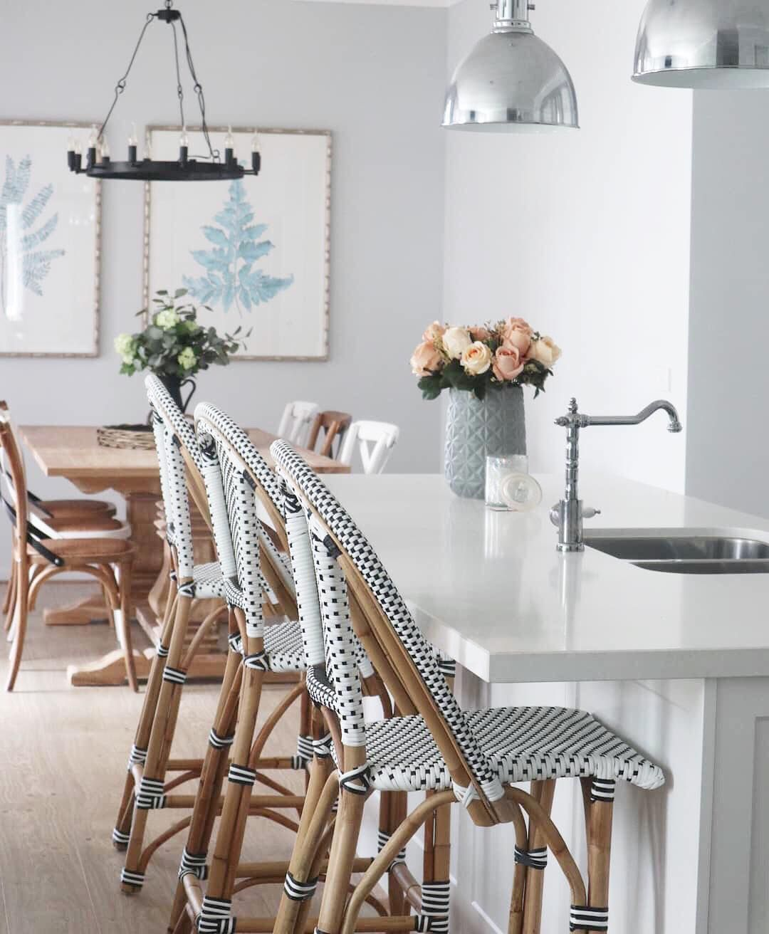 Obsessed with kljinteriorsu0027 home Arenu0027t these chairs
