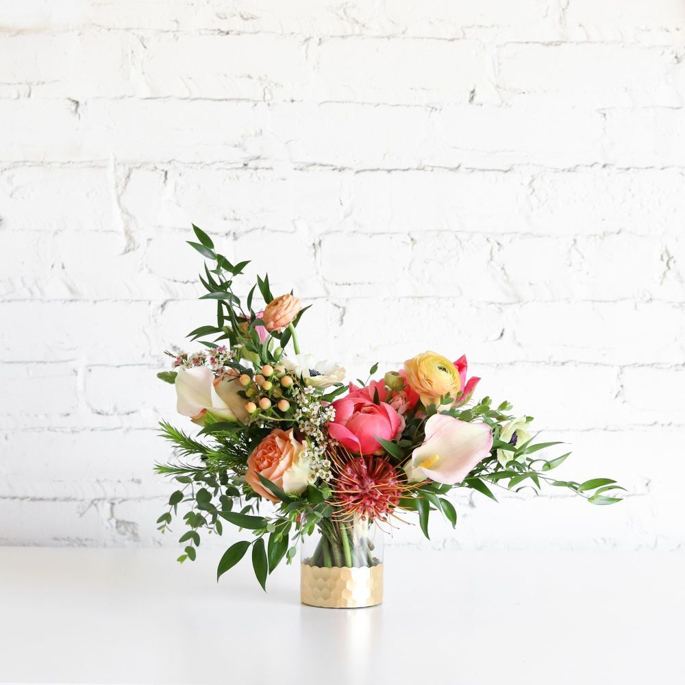 Farm Girl Flowers does national delivery inside the USA