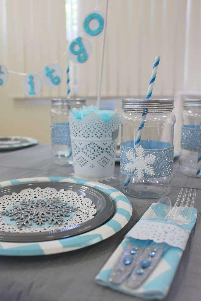 Photo of Wunderschöner Tisch auf einer Frozen Geburtstagsfeier! Weitere Partyplanungsideen finden Sie bei Catc …