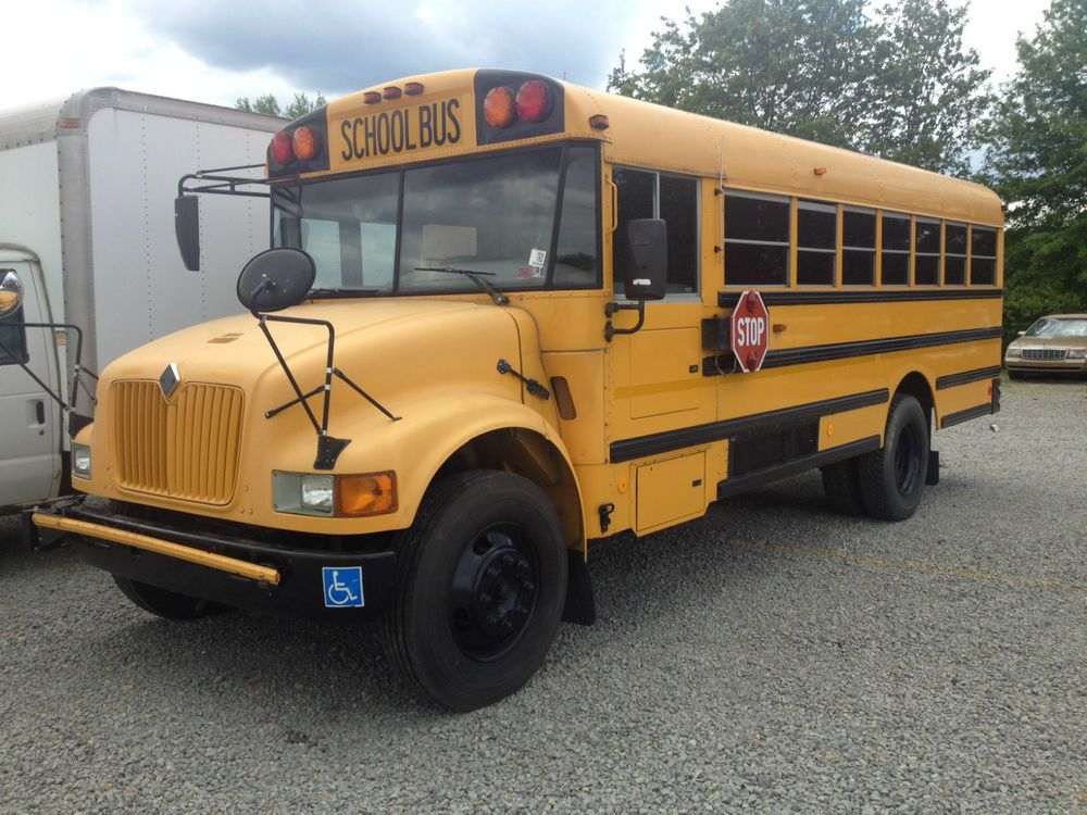 2002 INTERNATIONAL SCHOOL BUS AIR CONDITIONED 105K