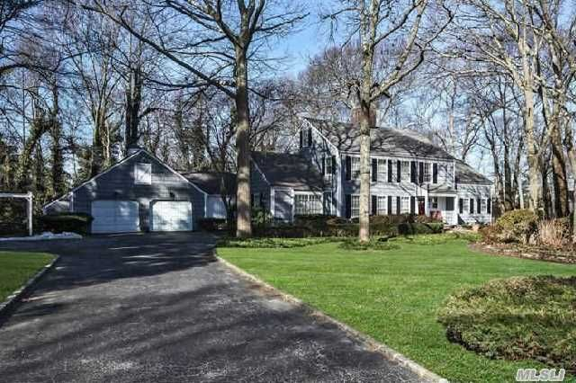 6 Thatch Pond Rd Smithtown Ny 11787 For Sale Mls 2656009 Property Search Smithtown House Styles