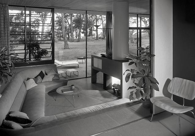 1949, Case Study house #9, Architects: Eames, Saarinen