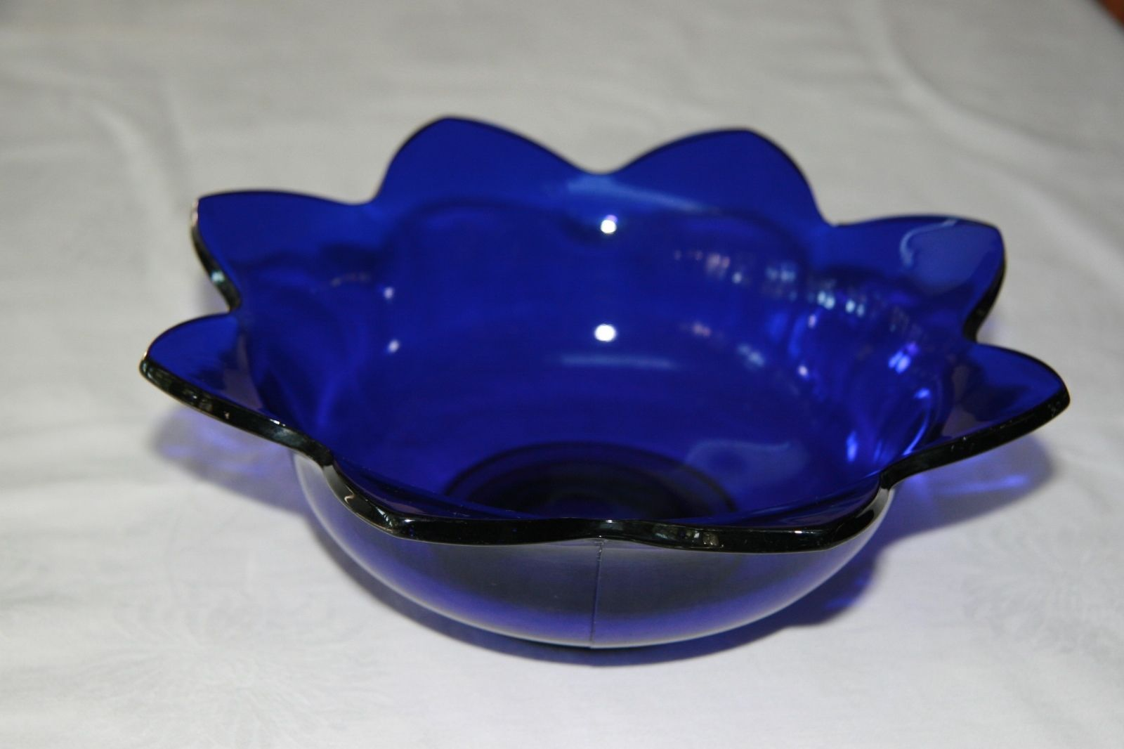 Beautiful Cobalt Blue Glass Footed Trinket Box 9 99 Glass