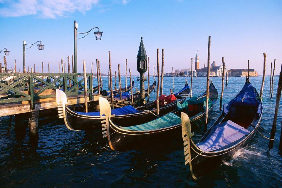 Bienvenue à Venise ! - #easyvoyage #voyageurs #clubeasyvoyage #voyage #voyager #weekend #holiday #holidaytravel #vacances #voyageur #travel #traveler #traveling #travelgram #italie #italy #venice #venise #venetie #venezia