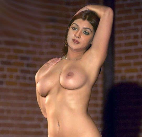 Aarti agarwal boob