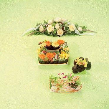Benodigdematerialen:zelf dit bloemstukje maken  Tafeldeco in div maten, kleuren en vormen  In het midden de Oasis Table deco Quadro, een ...