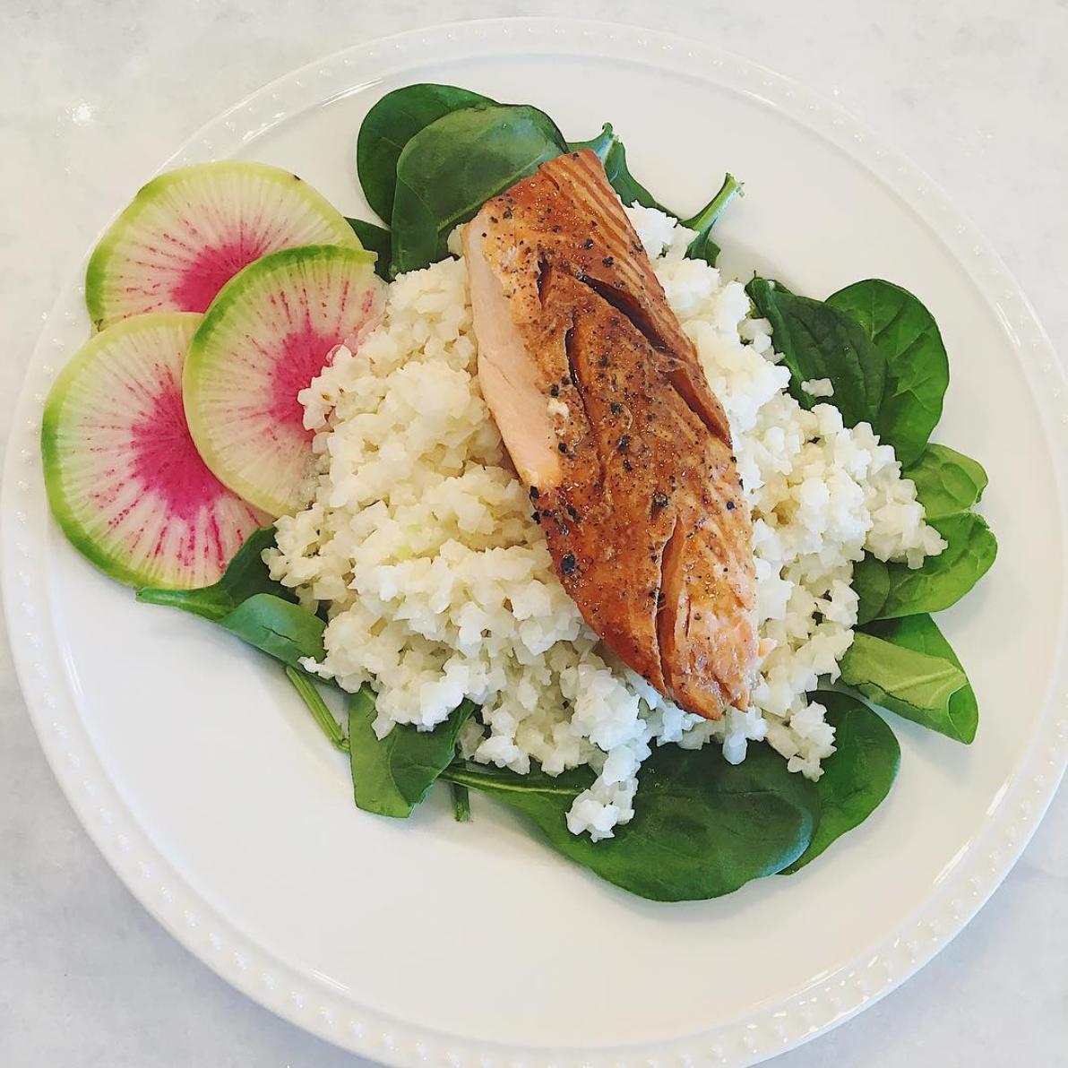 recipe: teriyaki salmon over coconut lime cauliflower rice - BB Wellness | BB Wellness #teriyakisalmon recipe: teriyaki salmon over coconut lime cauliflower rice - BB Wellness | BB Wellness #teriyakisalmon