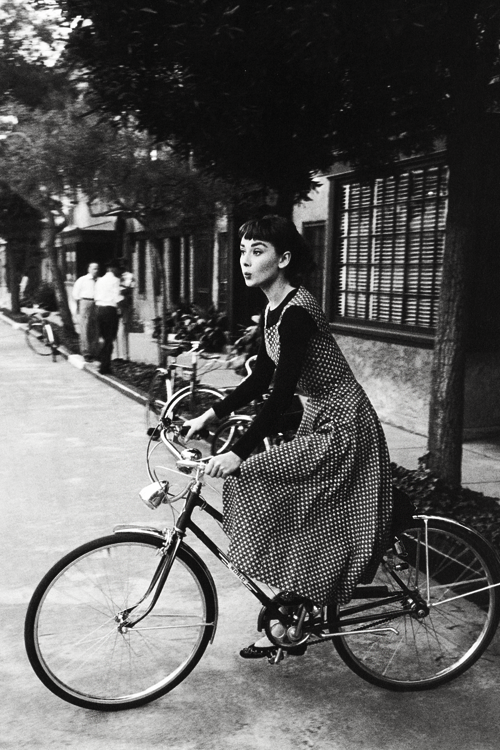 Audrey Hepburn on the set of Sabrina, photo by Mark Shaw, 1953