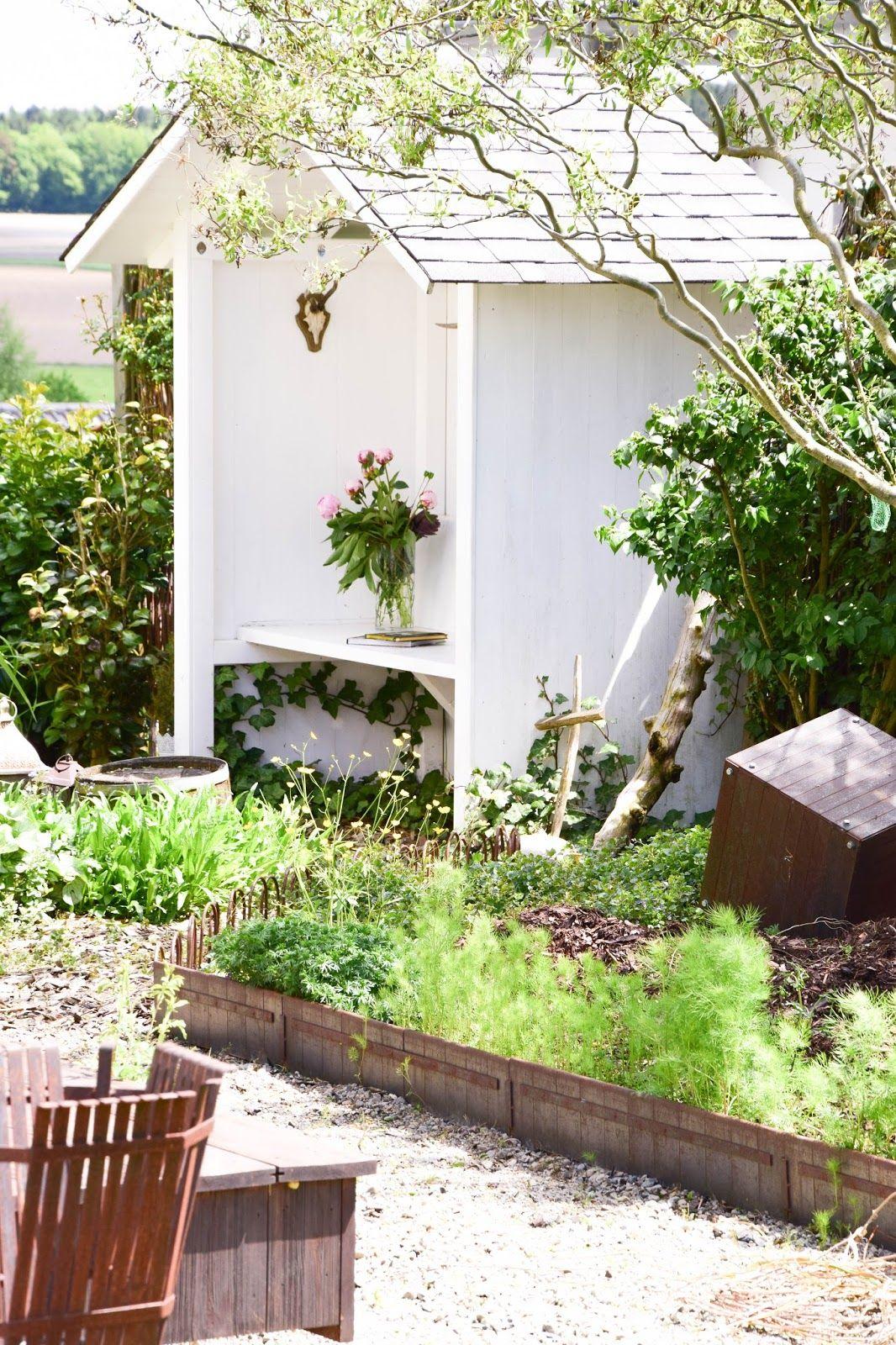 Deko für das Teichhaus und mein Garten im Mai Garten