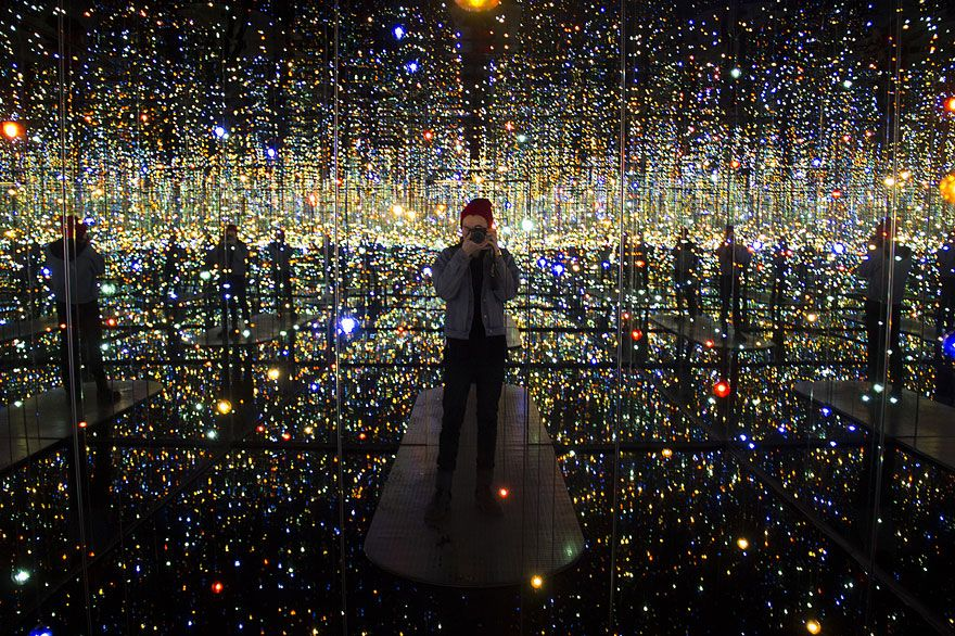 Infinity Mirrored Room By Yayoi Kusama Gives Visitors A