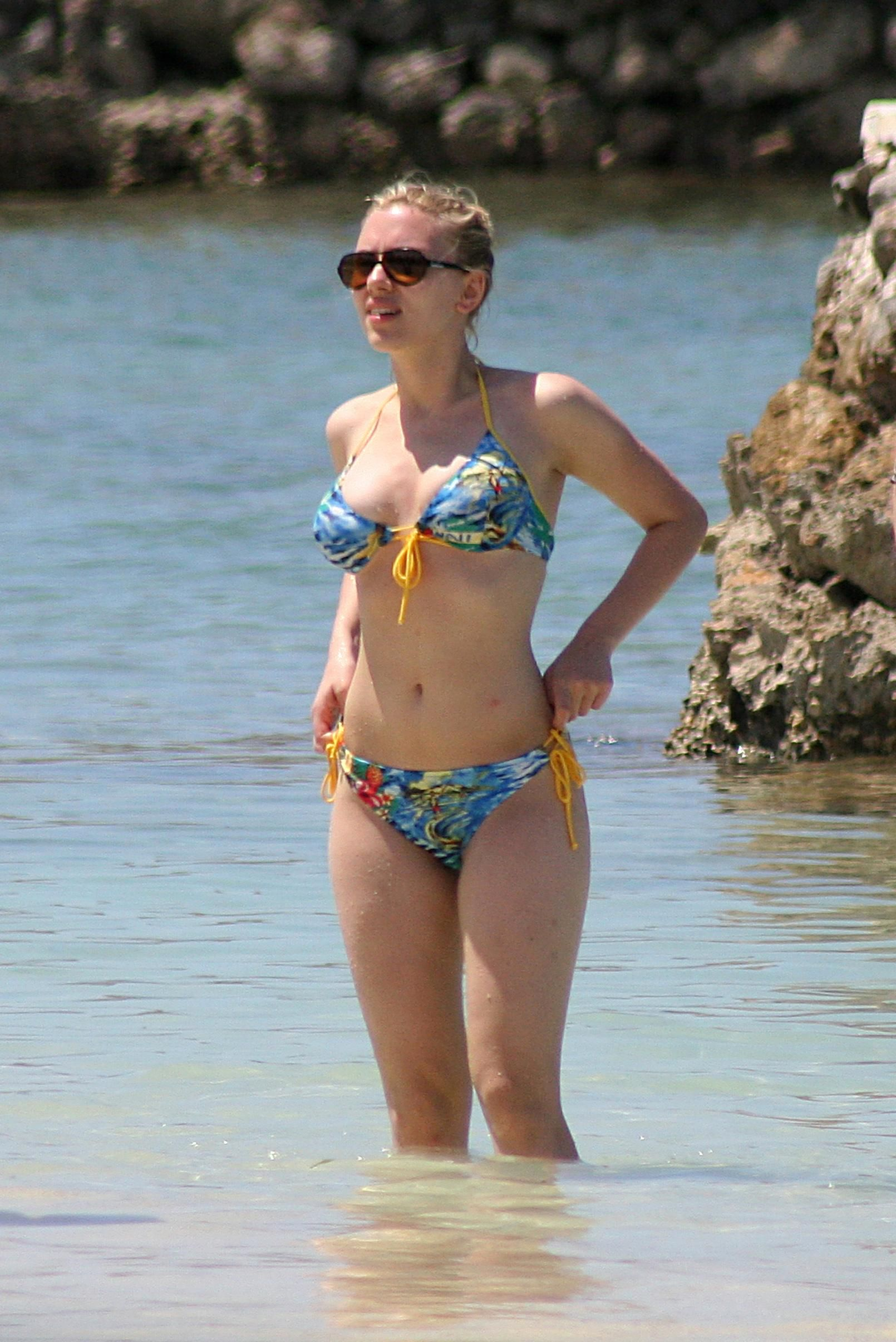 Cleavage Scarlett Byrne nudes (55 photo), Sexy, Bikini, Boobs, cameltoe 2019