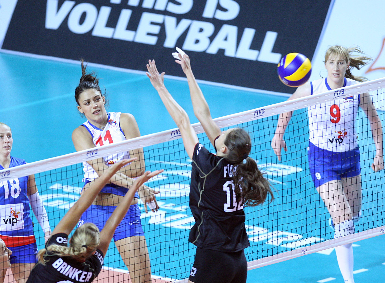 Fivbgrandprix2014 Serbia No 11 Stefana Veljkovic Puts Strong Spikes Against Double Worldgrandprix2014 Voleybol