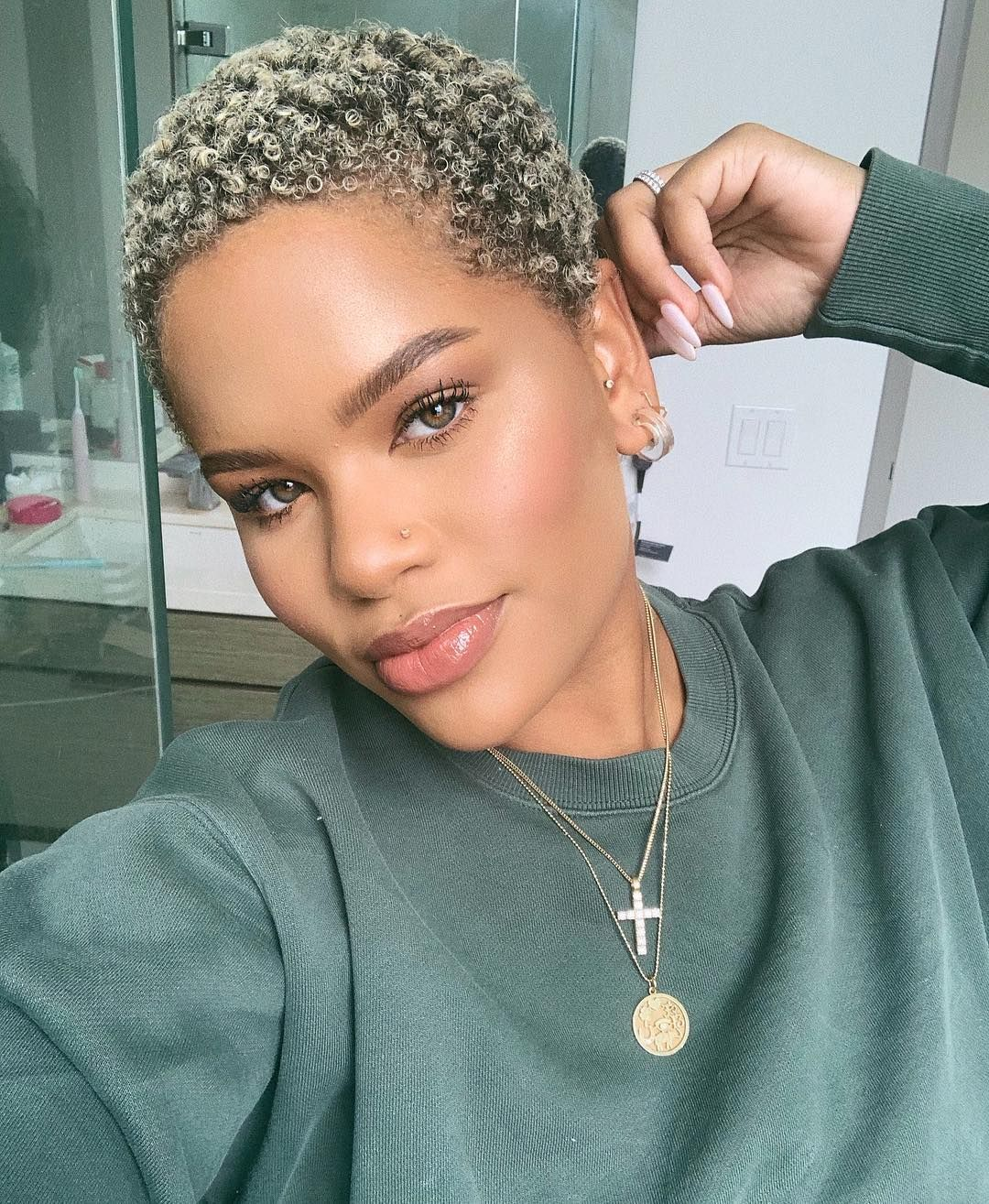 Alissa Ashley On Instagram I Know You See These Inches Don T