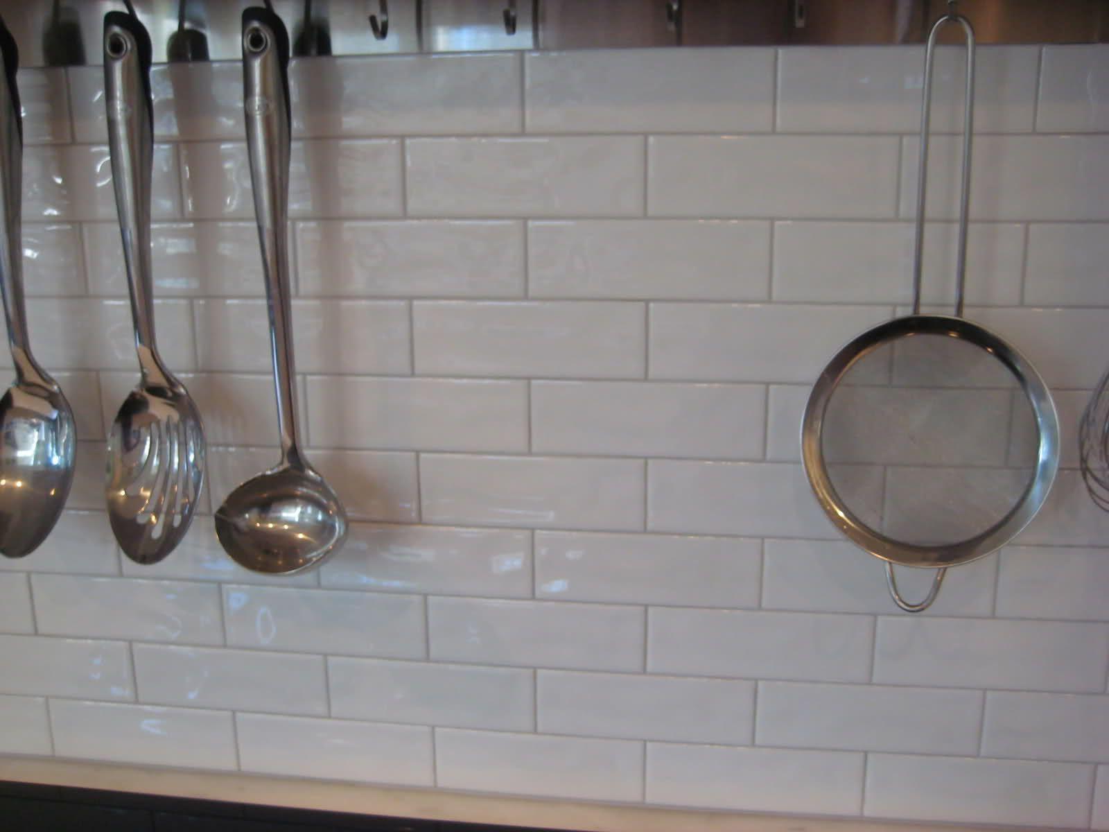 2 x 6 subway tile backsplash