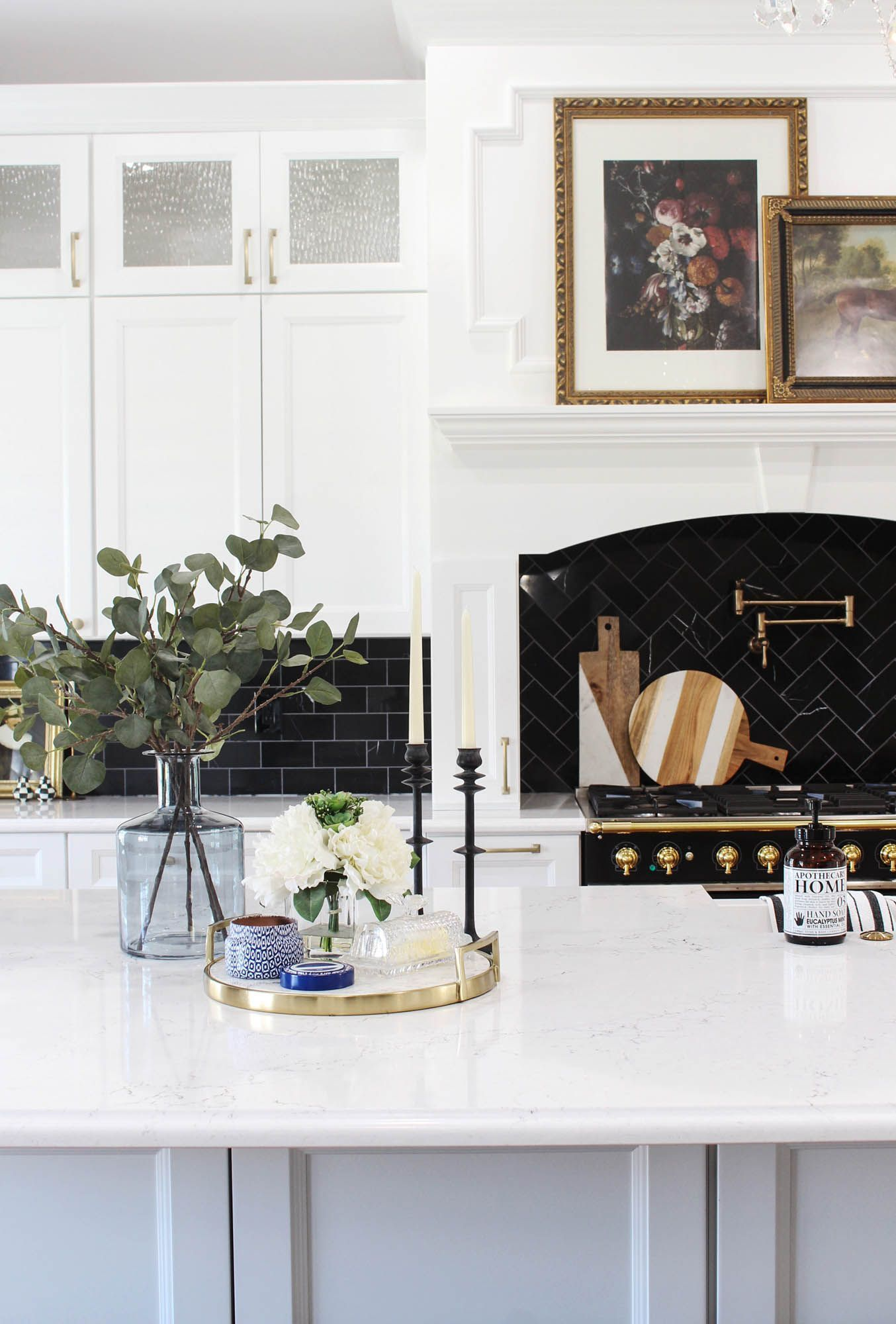 white home decor ,  #Decor #Home #officewallpaperideasbookshelves #White
