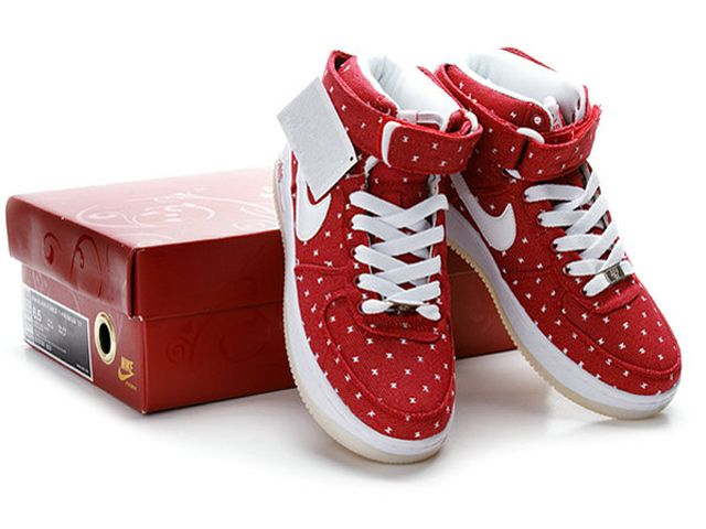 Chaussures Nike Air Force One Blanc/ Rouge | Free shoes, Nike free ...