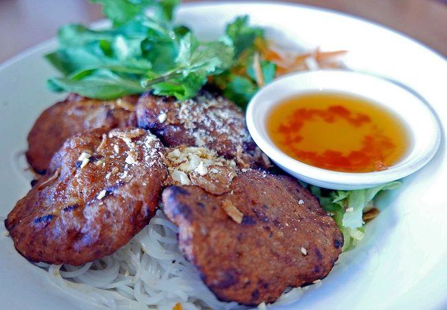 q and t vietnamese kitchen grilled pork meatballs