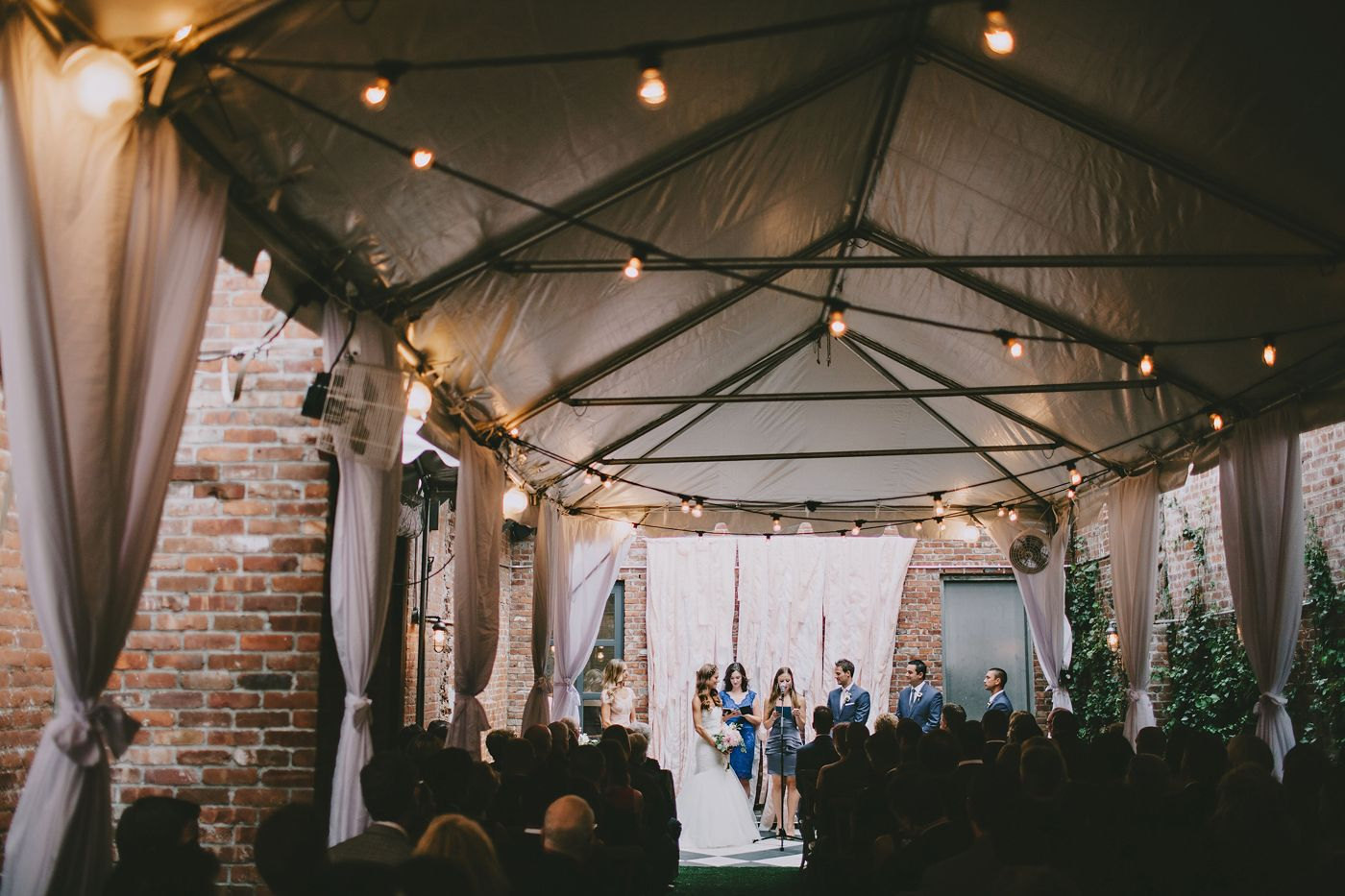 Wythe Hotel Wedding Jessalyn Rob S Beautiful At The Outdoor Garden
