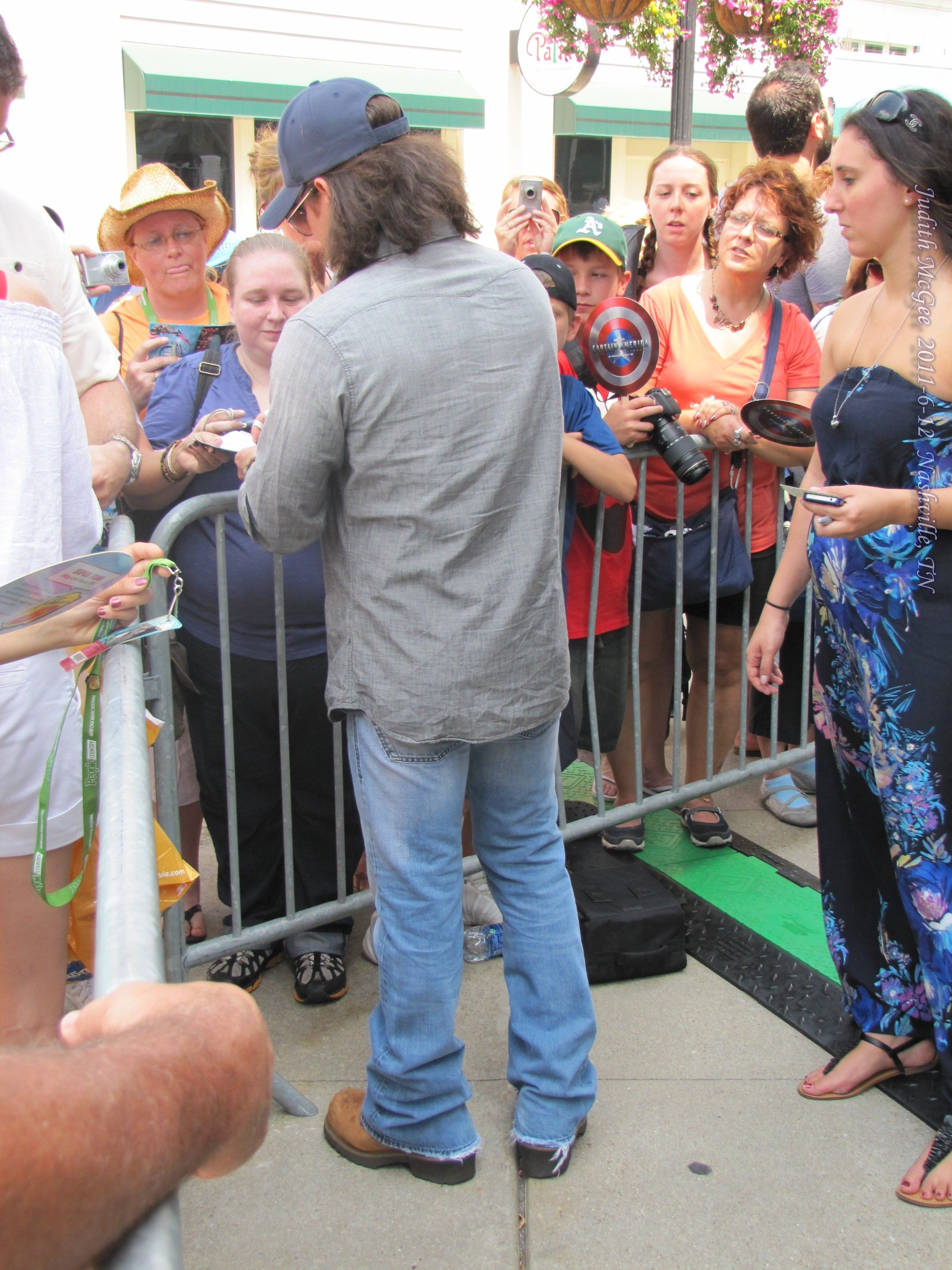 Christian Kane performing 2011-6-12 at CMA Music Fest, Nashville, TN. Photo by Judith McGee (Armybrat6683)