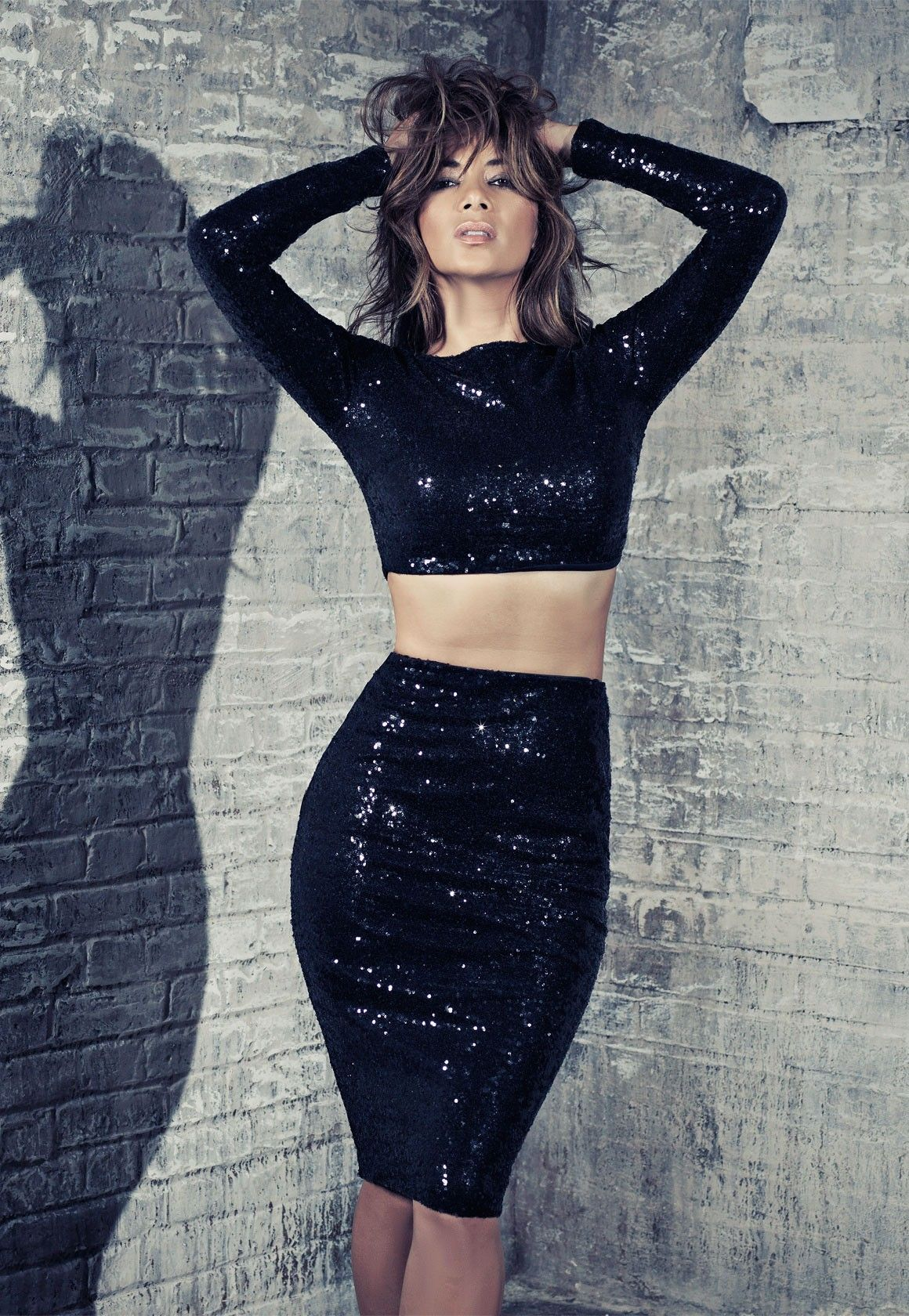 Nicole Scherzinger Flashes Toned Abs As She Unveils Outfits From Her Latest Fashion Range