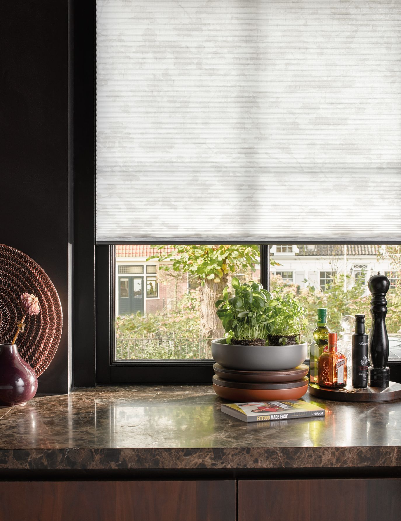 Window Dressing Inspiration For The Contemporary Kitchen Kitchen Blinds Neutral
